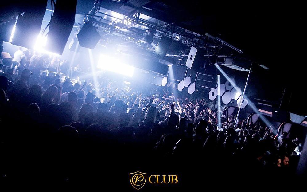 Exklusive Beschallungslösung im Kiss und Gold Club